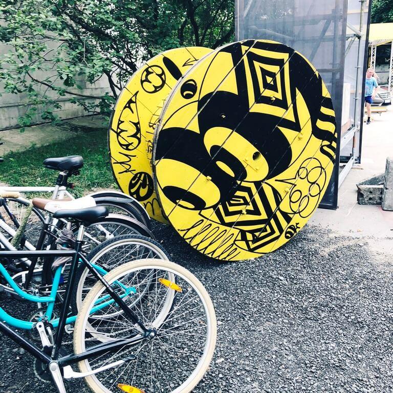 Создание декораций для Beeline Present perfect Festival