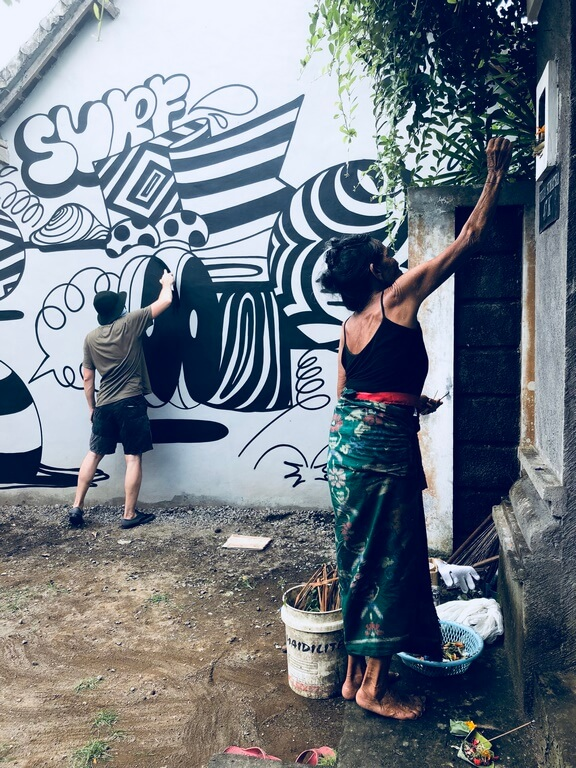Создание граффити на Бали